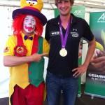 Clown August mit Luakas Müller beim Straßenfest in Herne