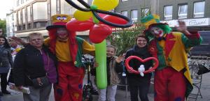 Clown Pippy als Walk-Act in Bochum