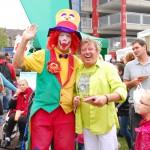 Clown August auf einem Straßenfest in Duisburg